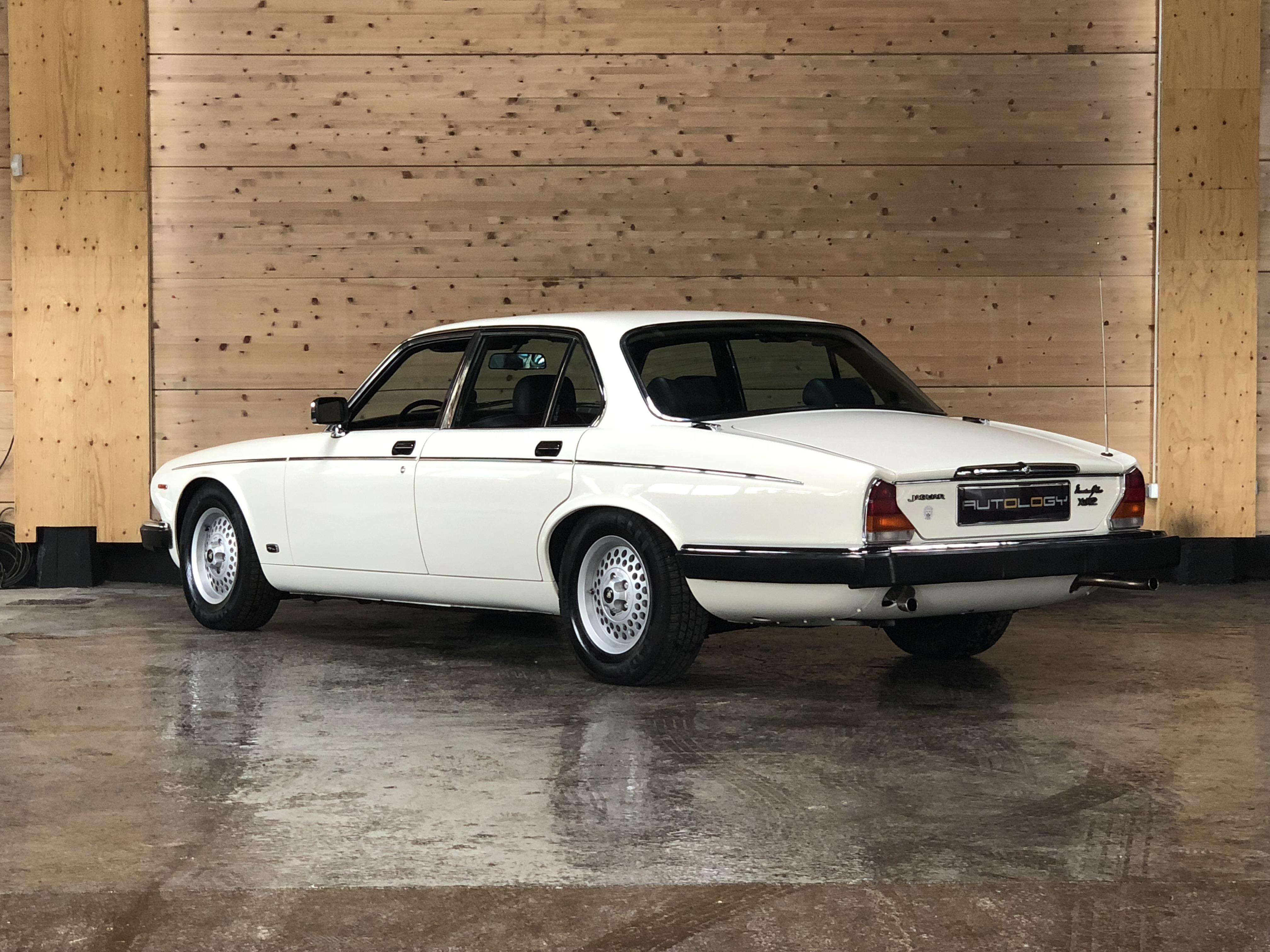 Jaguar XJ12 Serie III HE