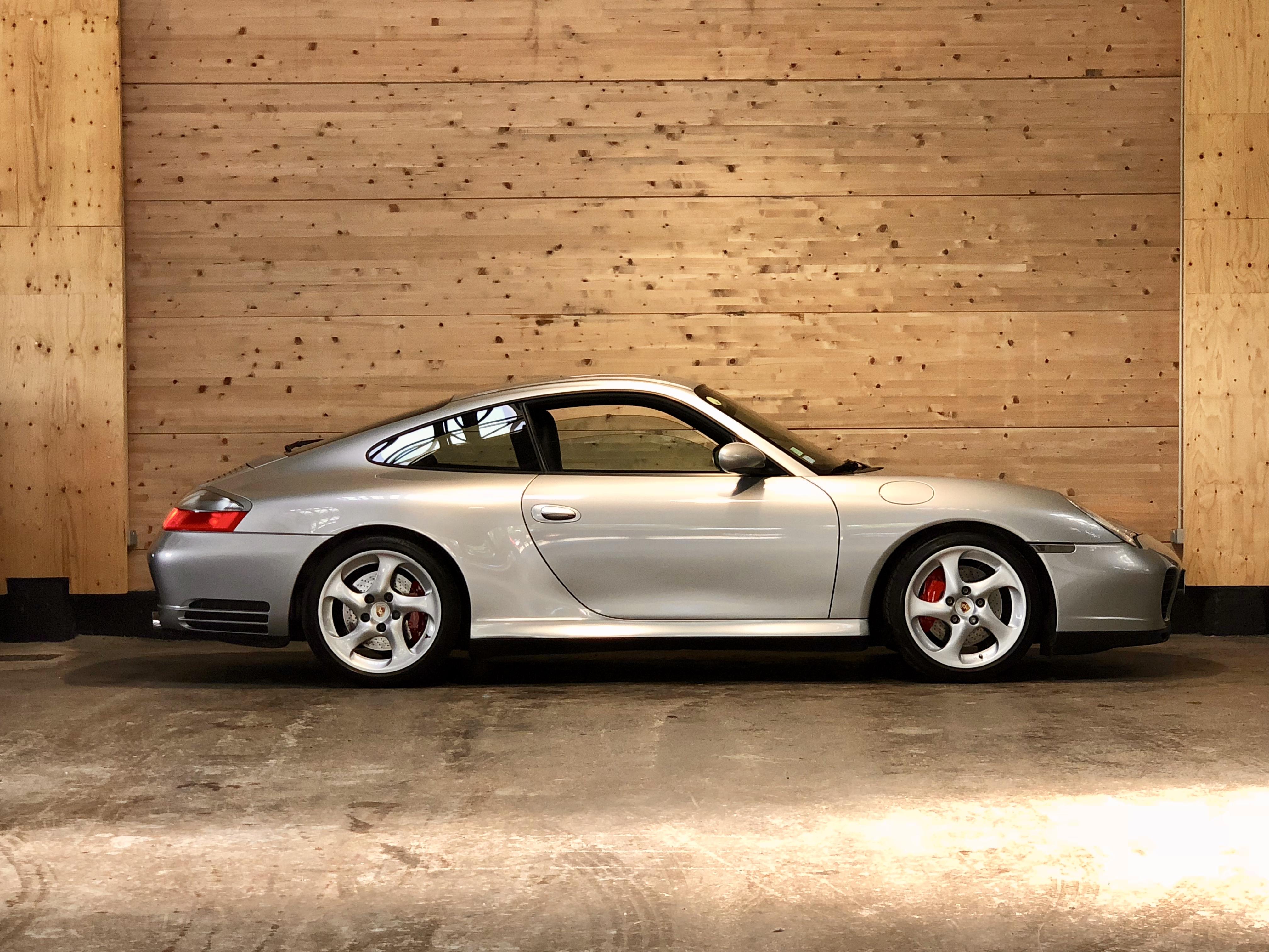 Porsche 996 Carrera 4S BVM6