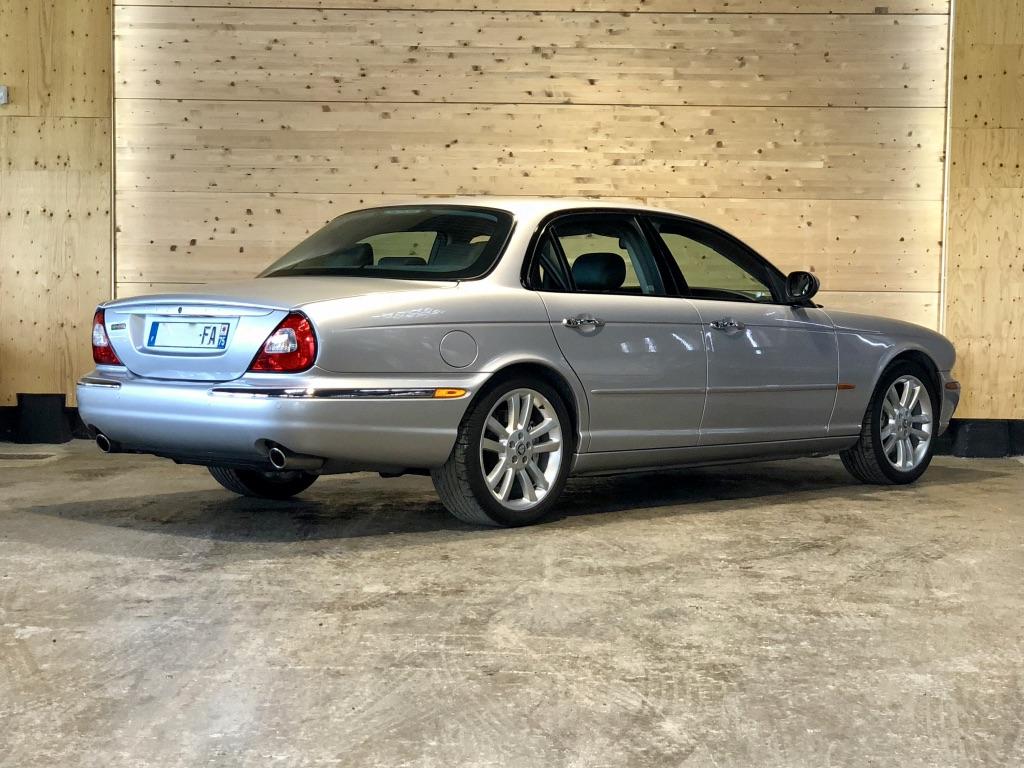 Jaguar XJR 4.2 BVA6