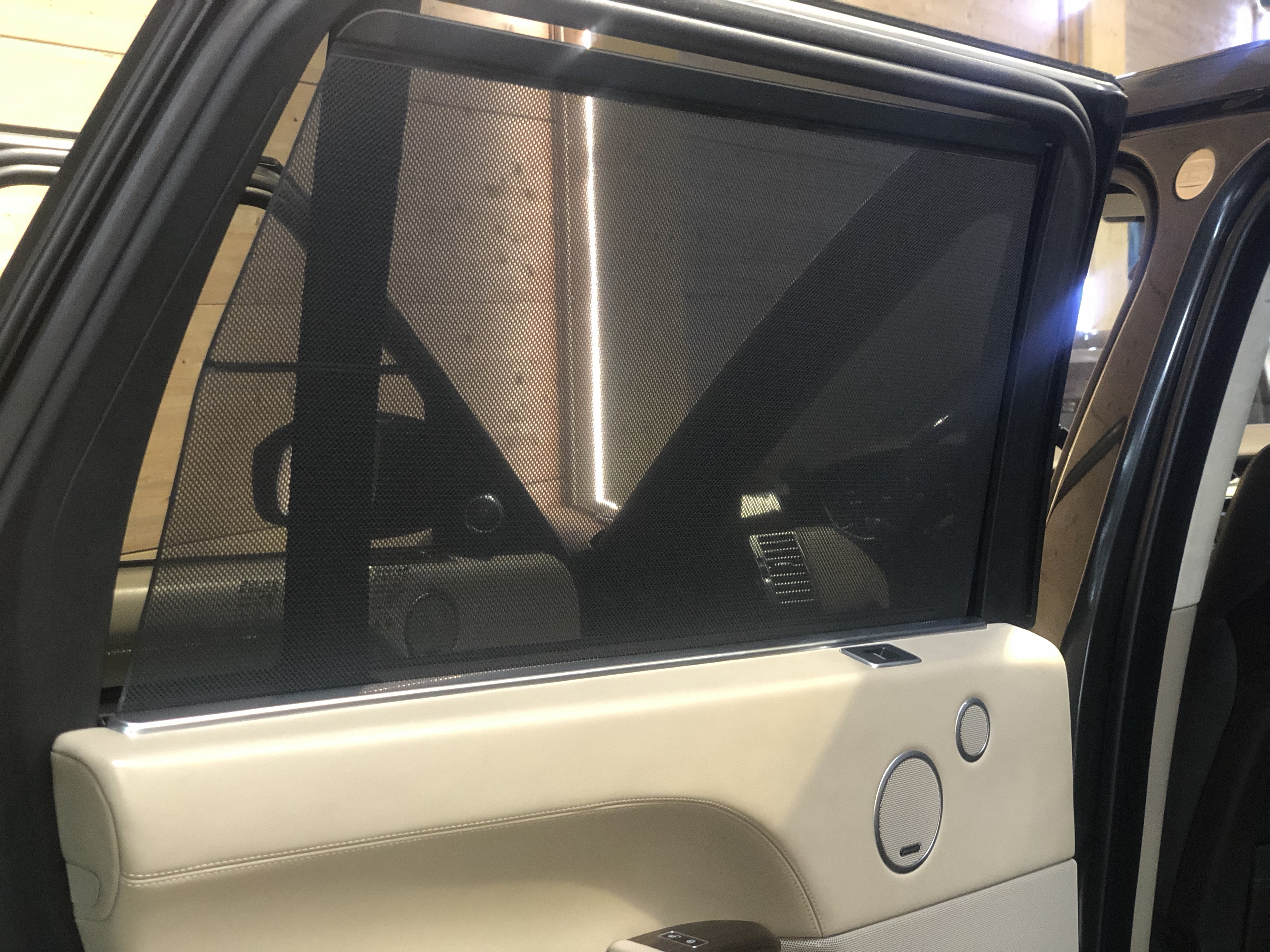 Land Rover Range Rover 4.4 SdV8 Autobiography LWB