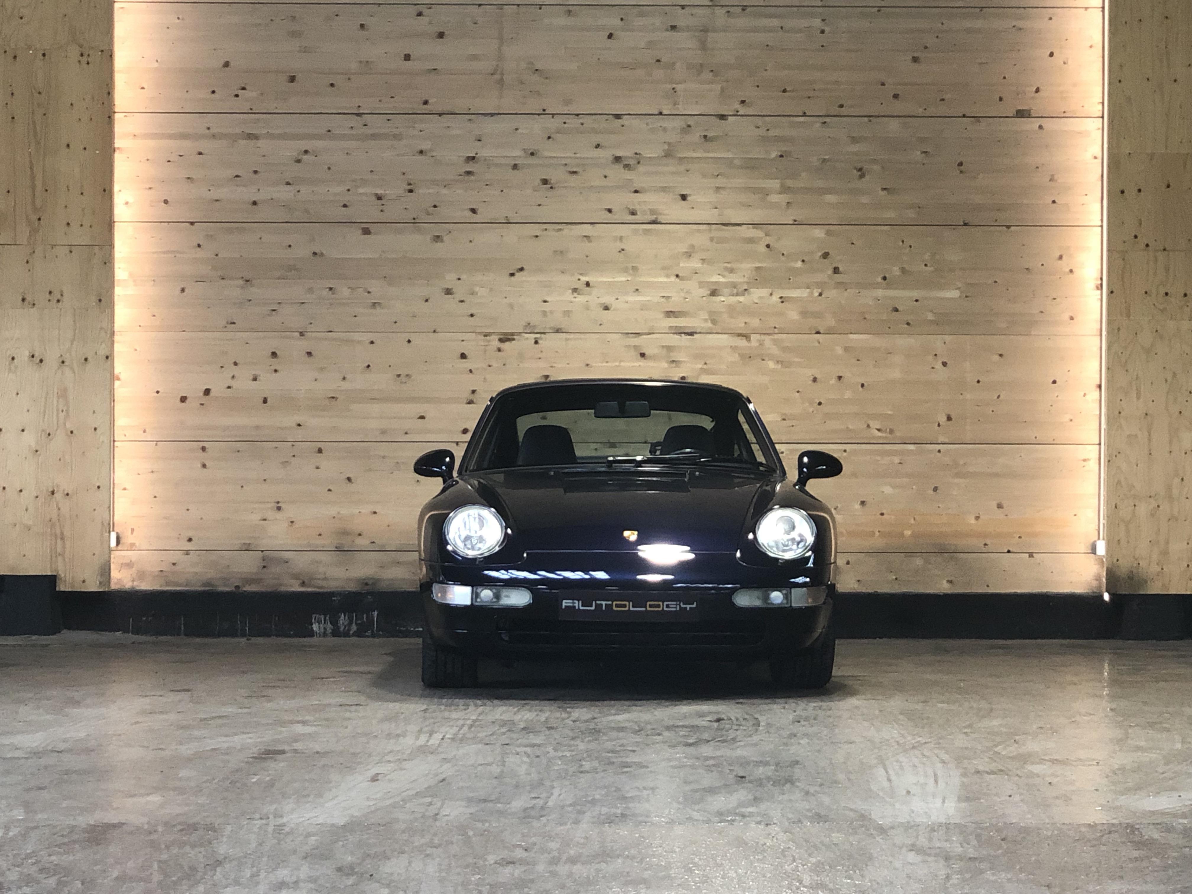 Porsche 993 Carrera 4 …. 13.500km!