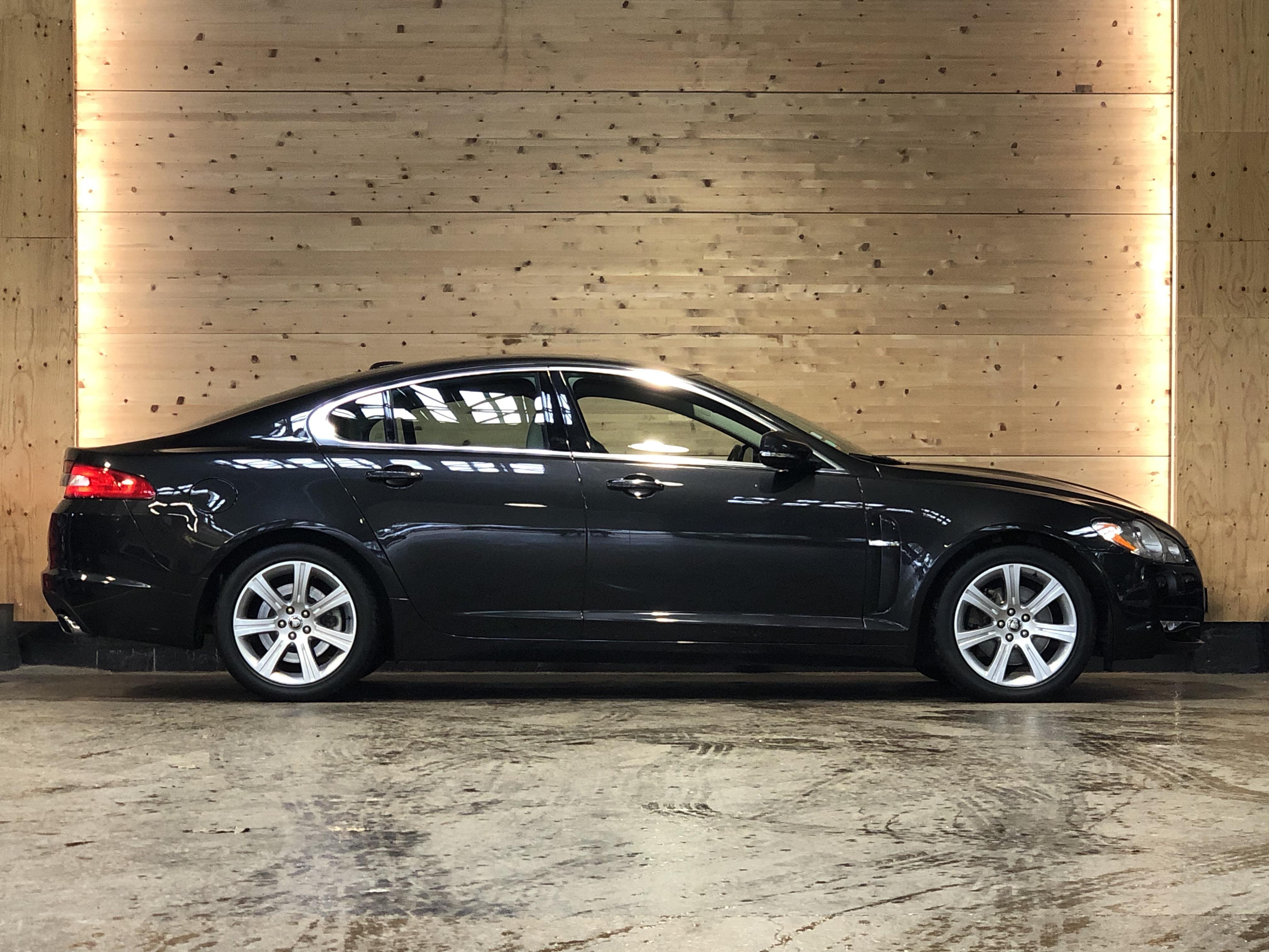 Jaguar XF 3.0d 211ch Luxe Premium