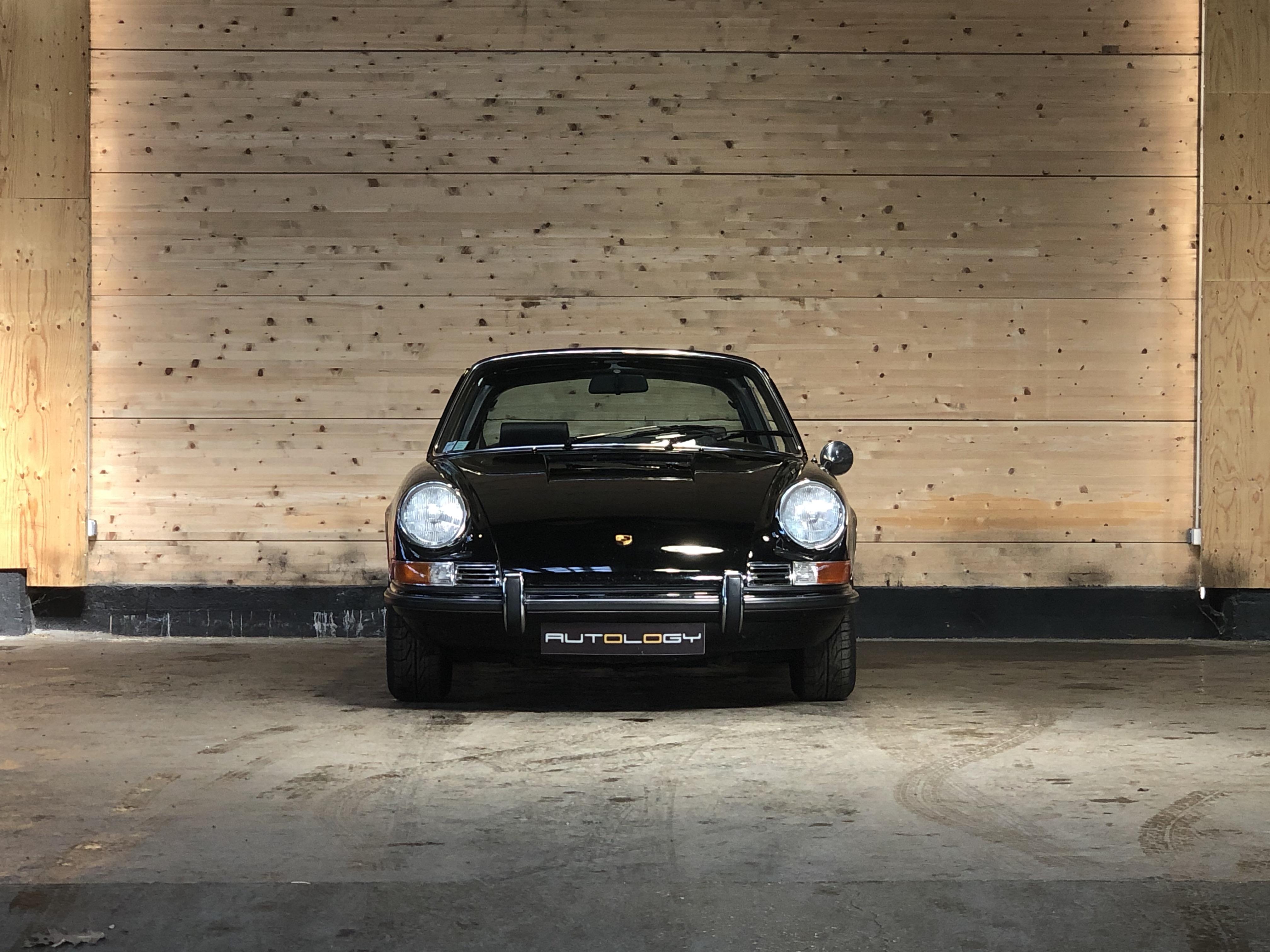 Porsche 911 2.2S Targa