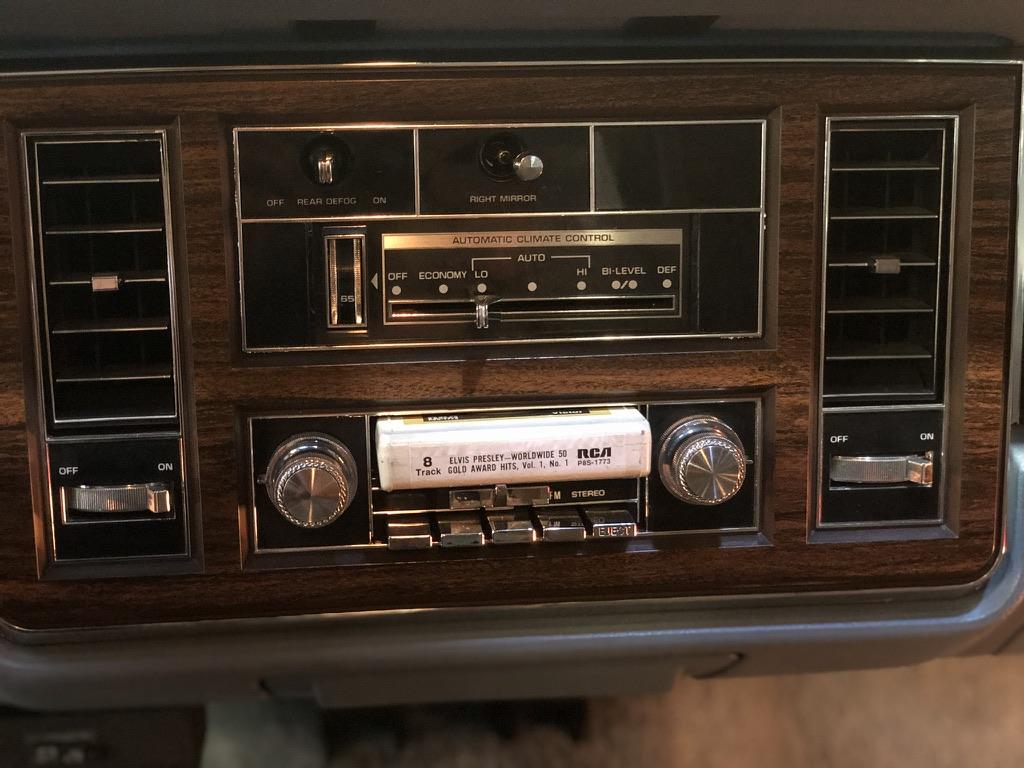 Buick Electra Park Avenue V8 6.6 litres