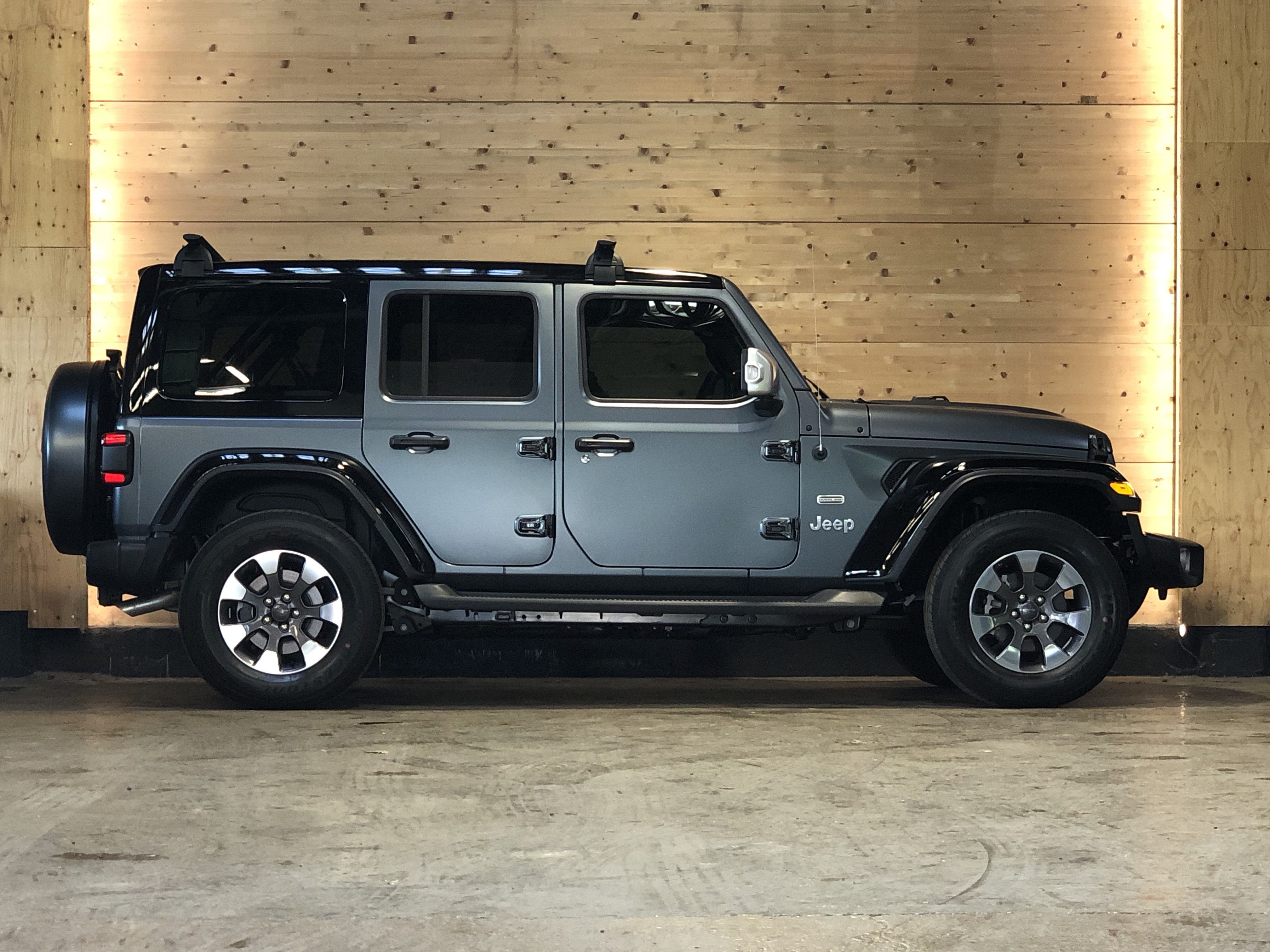 Jeep Wrangler Unlimited 2.0T Overland
